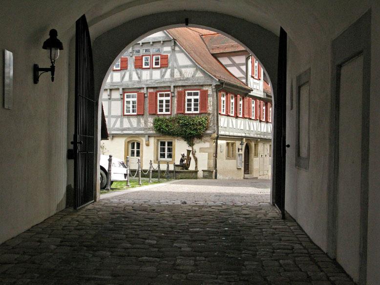 © Traudi - Tuba-Bub beim  Schloss in Waldenbuch
