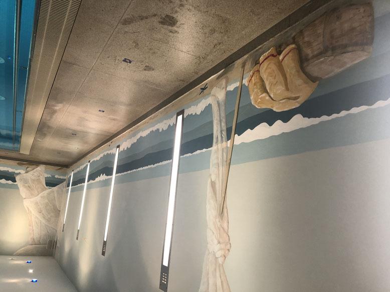 Schwimmbadbemalung Wandmalerei
