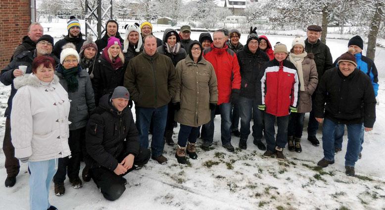Gern stellten sich die Wanderfreunde aus Everingen zu einem Erinnerungsfoto auf.