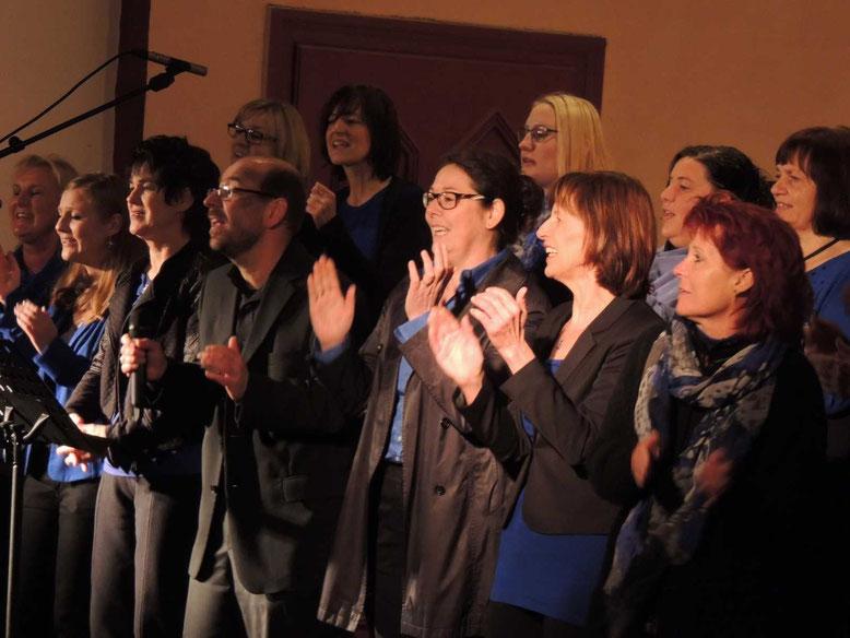 Der Gospeltrain aus Danndorf erfreute viele Menschen mit deinem Konzert