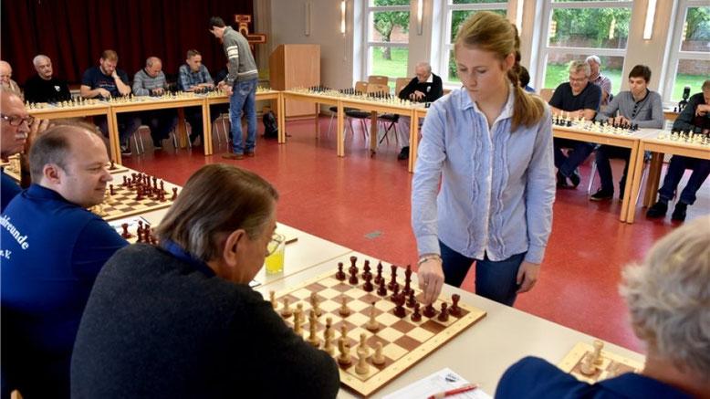 Partnersimultan Schachfreunde Fallersleben, Lubbe Schach