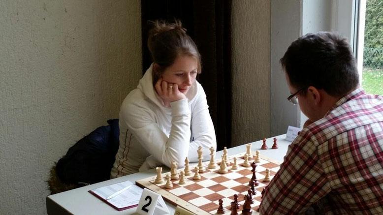 Zweite Schach-Bundesliga 2016, Melanie Lubbe gegen Martin Petr