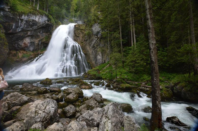 Bei den Gollinger Wasserfällen
