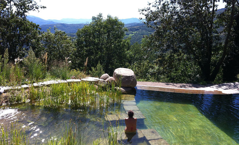 Le bassin naturel...    Le panorama à perte de vue...     La magie du lieu...