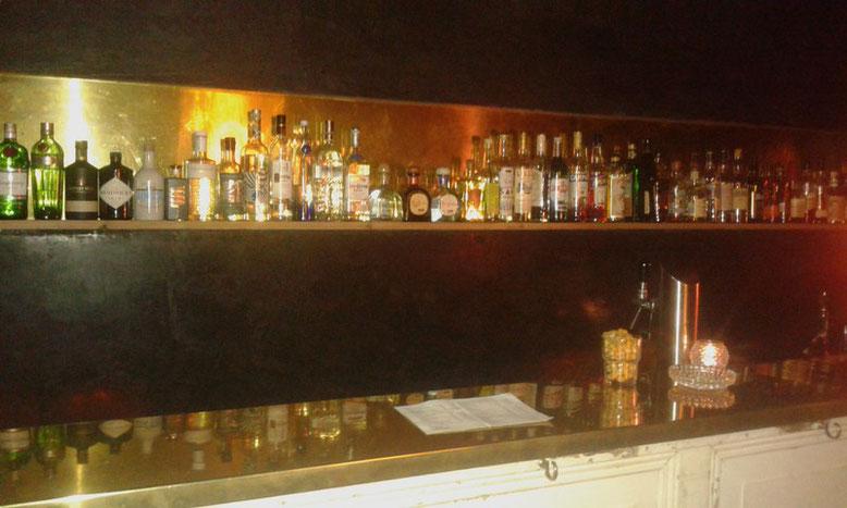 Bar im früheren Damen-Salon in der Taubenstraße 23 in Hamburg auf St. Pauli