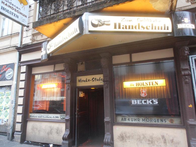 Zum Goldenen Handschuh - 1953 eröffnet -  am Hamburger Berg 2 in Hamburg St. Pauli