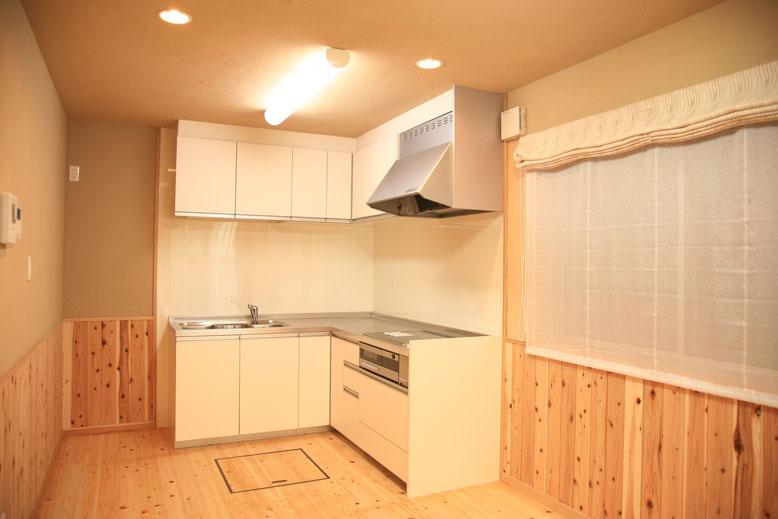 キッチンはL型として使いやすいものをチョイス
