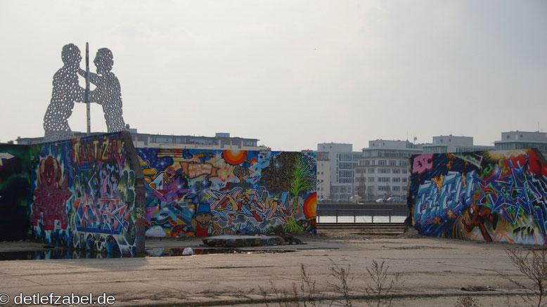Graffiti Berliner Osthafen