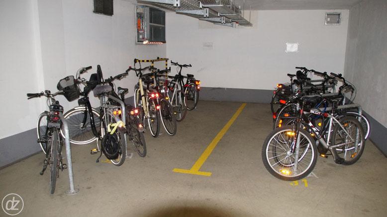 Zwei Parkplätze mussten weichen, richtig so! | Foto: © Detlef Zabel
