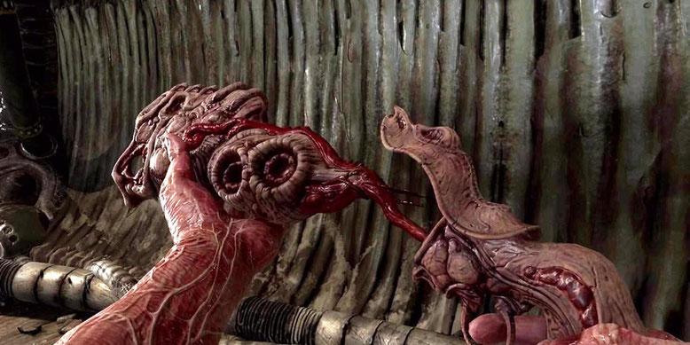 Das Horrorspiel Scorn wartet mit einem düsteren Setting und von H.R. Giger inspirierten Charakteren und Monstern auf.