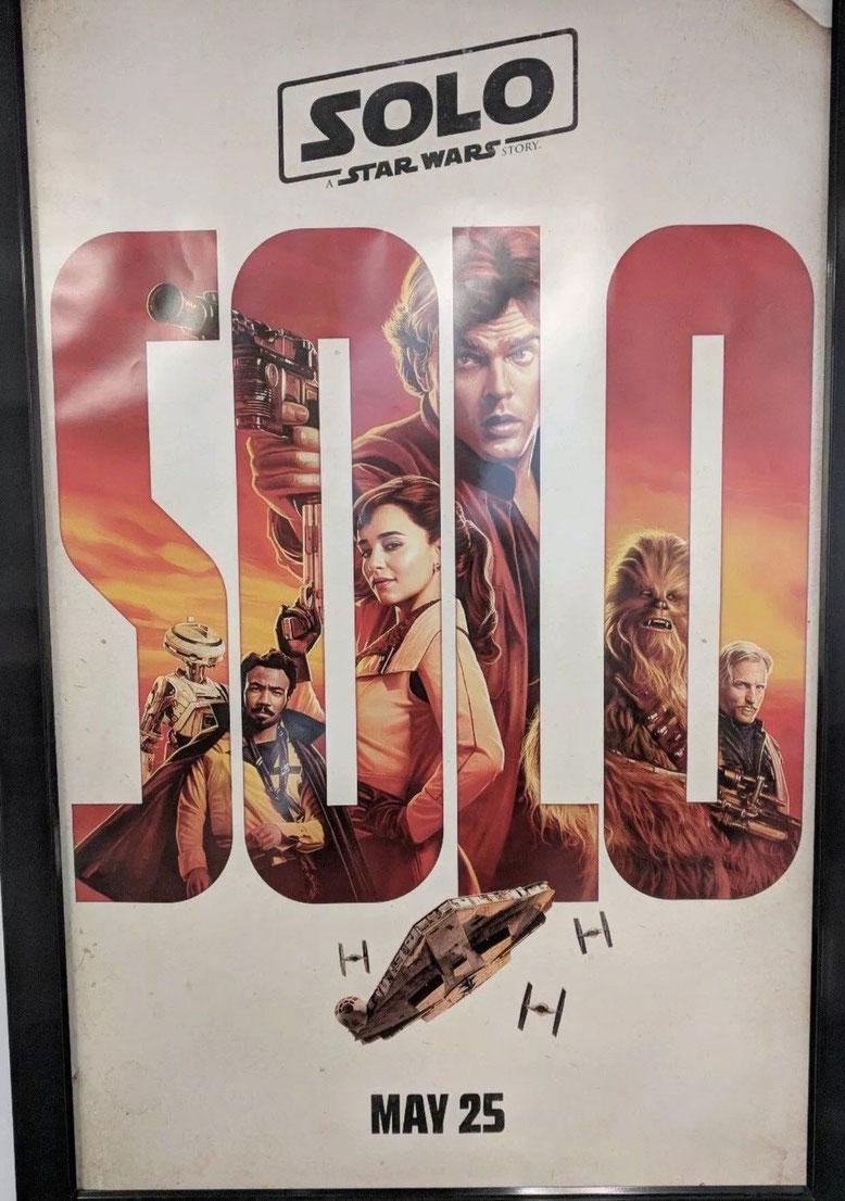 Das offizielle Kino-Poster von Solo: A Star Wars Story zeigt die Hauptcharaktere des potentiellen Kinoblockbusters von Disney und Lucasfilm. Bilderquelle: eBay