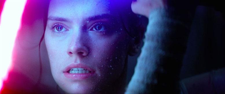 Entertainment Weekly befeuert die Krieg-der-Sterne-Fans mit neuen Fotos und einer Movie-Preview zu Star Wars: Episode 8 - Die letzten Jedi. Bilderquelle: Disney/Lucasfilm