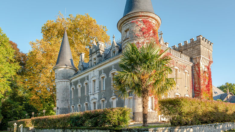 General views over the estate in the Château Bella Epoque, Linxe 40 Les Landes, Guest rooms and gîte