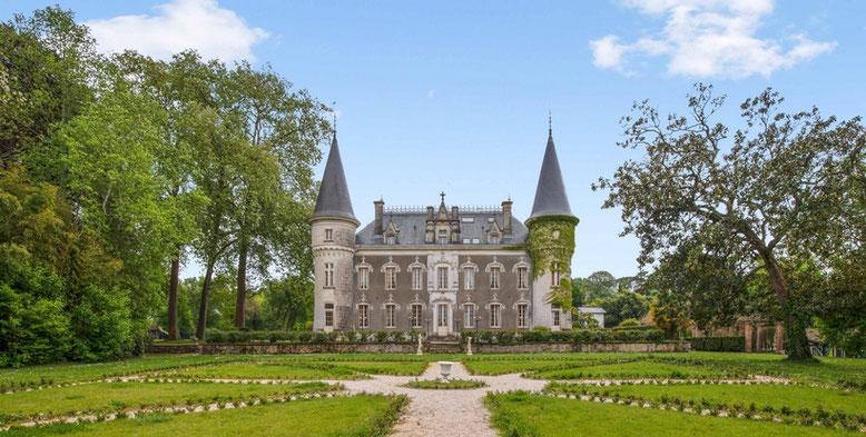 El Dominio Bella Epoca con su castillo en Linxe 40 en Las Landas.
