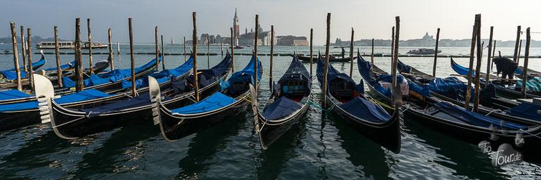 Venedig - Skyline und Gondeln
