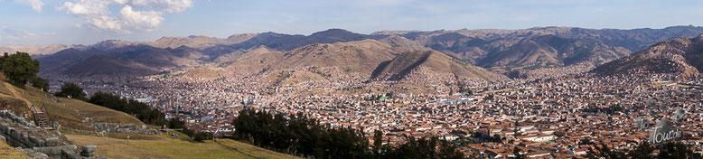 Cusco - Panorama, gesehen von der Ruine der Inkafestung Saksahuamán