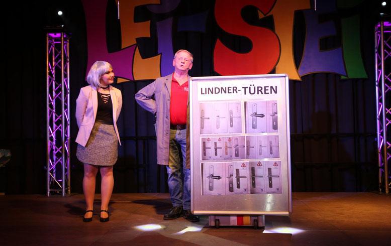"""etwas kompliziert gestaltete sich der Kauf einer """"Lindner Türe"""" mit Karin Ebenberger u. Franz Pichler"""