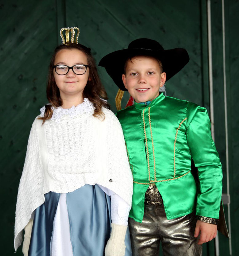 das Kinder-Prinzenpaar Leoni I. und Elias I.