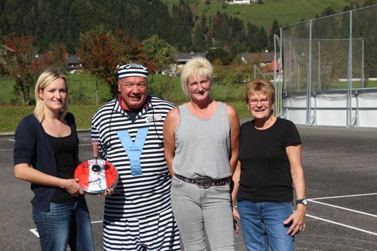 v.lk.: Sarah Hutter, FritzLinko, Sandra Hutter, Dagmar Thaler