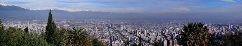 Ein letzter Blick vom San Cristobal auf Santiago, dann geht's weiter.