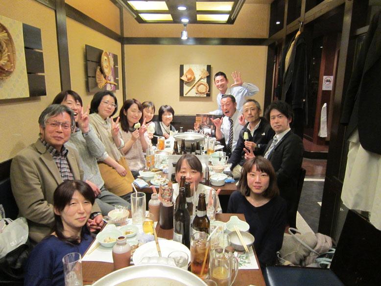22日夜は、大津市社協の職員の方も参加の交流会を設定してくださいました。社協の山口課長の地域愛に感銘。