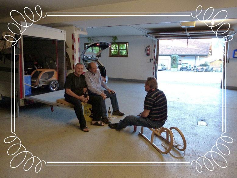 Gästetreff, in der Großraumgarage im Nattererhof in Wertach