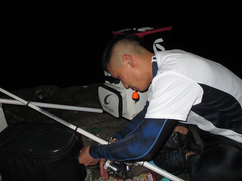 準備して夜釣り開始。