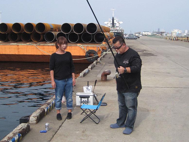 みかちゃんとちーちゃんは釣り開始
