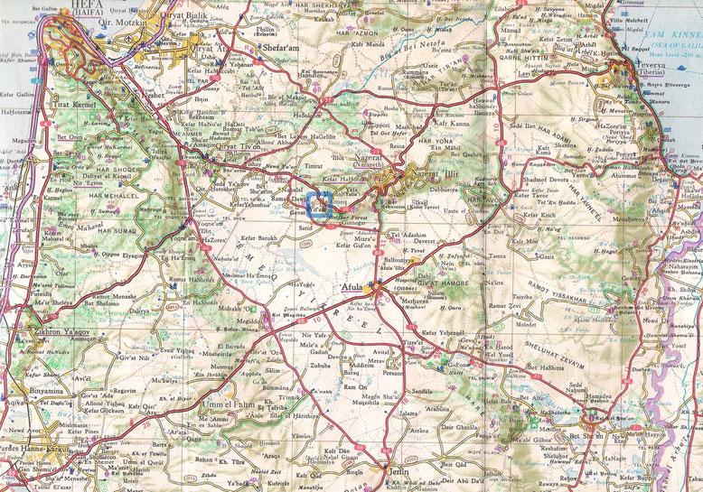 Blaue Markierung = Lage des Kibbuz Yifat
