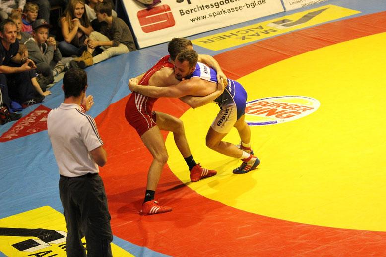 Christoph Scherr (rot) gegen Erik Kamm (blaui) 66 kg gr.-röm.