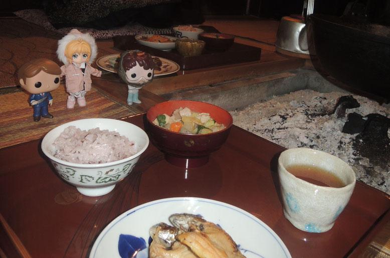日本9日間の旅を見守る、3人の人形たち♡
