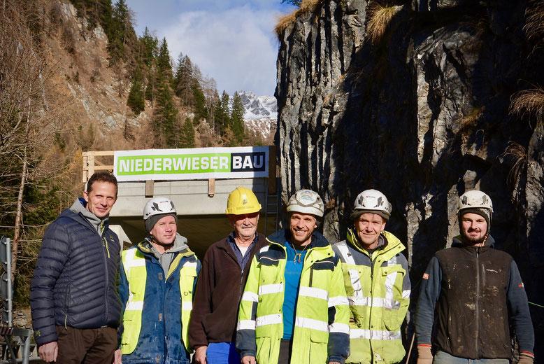 Walter Niederwieser, Chef des Unternehmens mit einigen Mitarbeitern