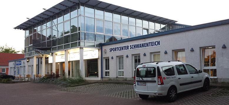 Außenansicht Sportcenter Schwanenteich
