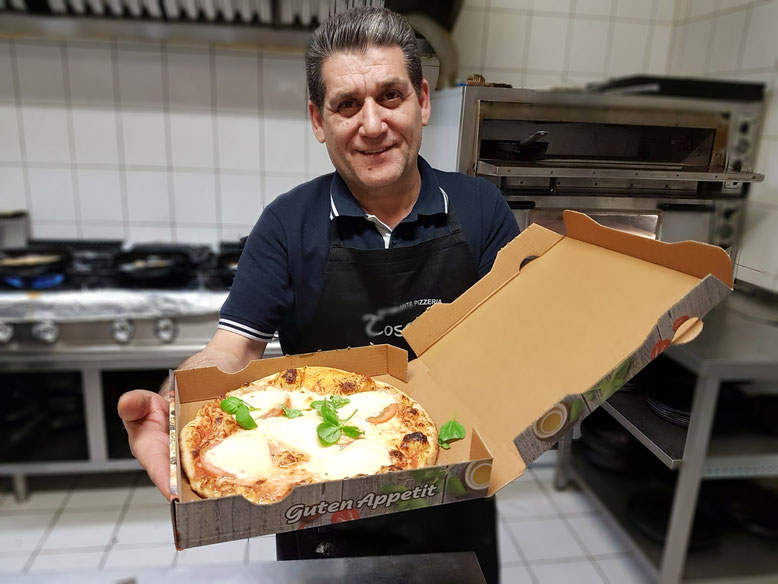 Hier freut sich jemand, wenn ihr unter 03535/ 49 33 65 eure Pizza bestellt und sie abholt