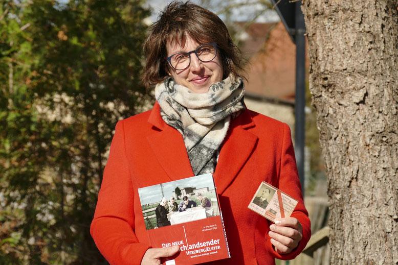 Constanze Flöter aus Herzberg ist die Enkelin des Sender-Technikers Anton Kastner. Seinen Werksausweis stellte sie dem Autorenteam zur Verfügung.
