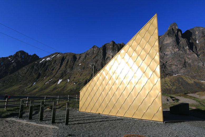 Senja, Ersfjord Beach, goldene Toilette