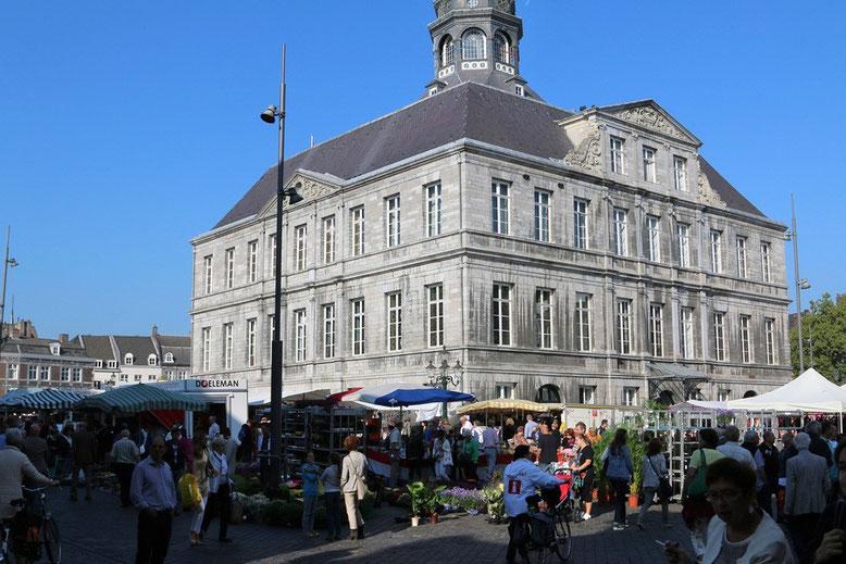 Markt vor dem Rathaus, Maastricht