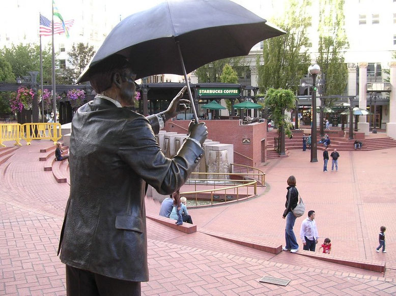 Pioneer Courthouse Square Rainman