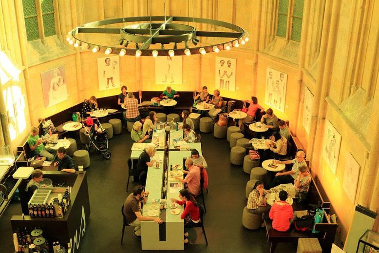 Maastricht,  Dominikanerkirche, Cafe in der Buchhandlung