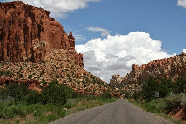 Burr Trail Long Canyon