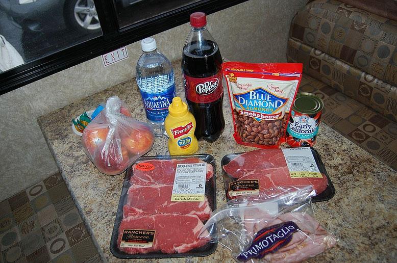 Steaks gehören für uns übrigens zu den wichtigsten Lebensmitteln in den USA, einfach nur lecker...