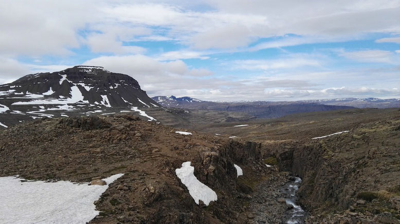Fahrt über Westfjorde Islands