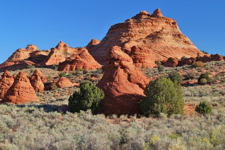 Teepees, Paw Hole Trailhead, Coyote Buttes South
