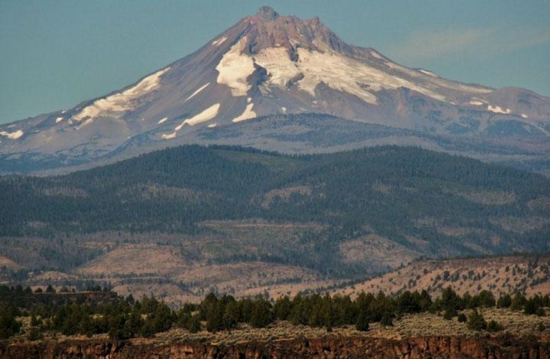 Mt. Jeffersson vom State Park aus gesehen