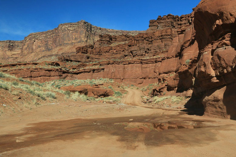 Potash Road - Shafer Trail