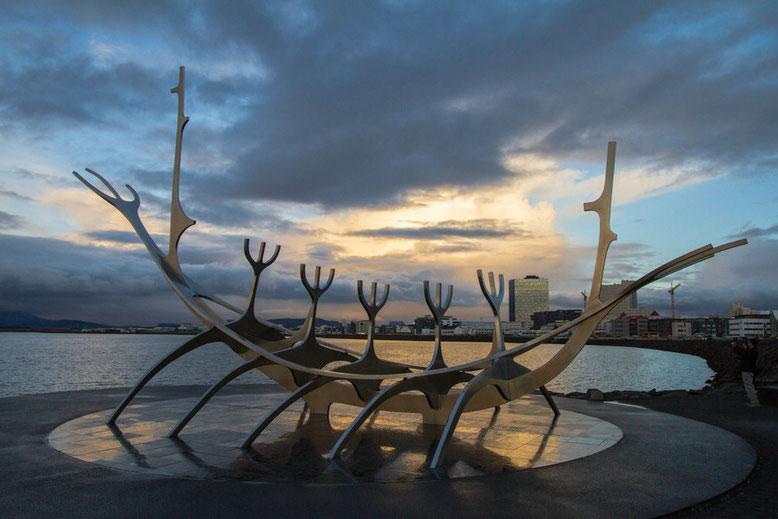 Sonnenschiff Sólfar, Sun Voyager, Reykjavik