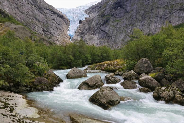 Wanderung zum Briksdalsbreen