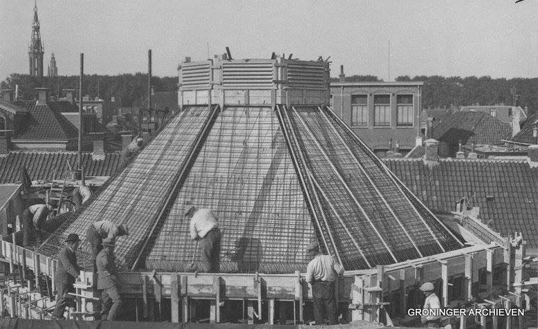 Oosterweg 56-1  bouw gemeentelijke badhuis  1928