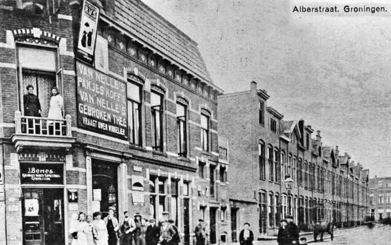 Alberstraat  ( Oosterpoort) omstreeks 1920