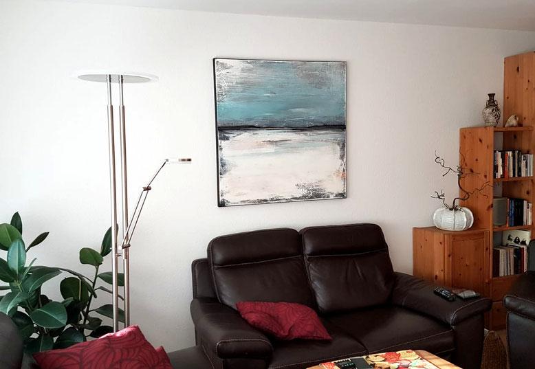 blaues Landschaftsbild im Raum